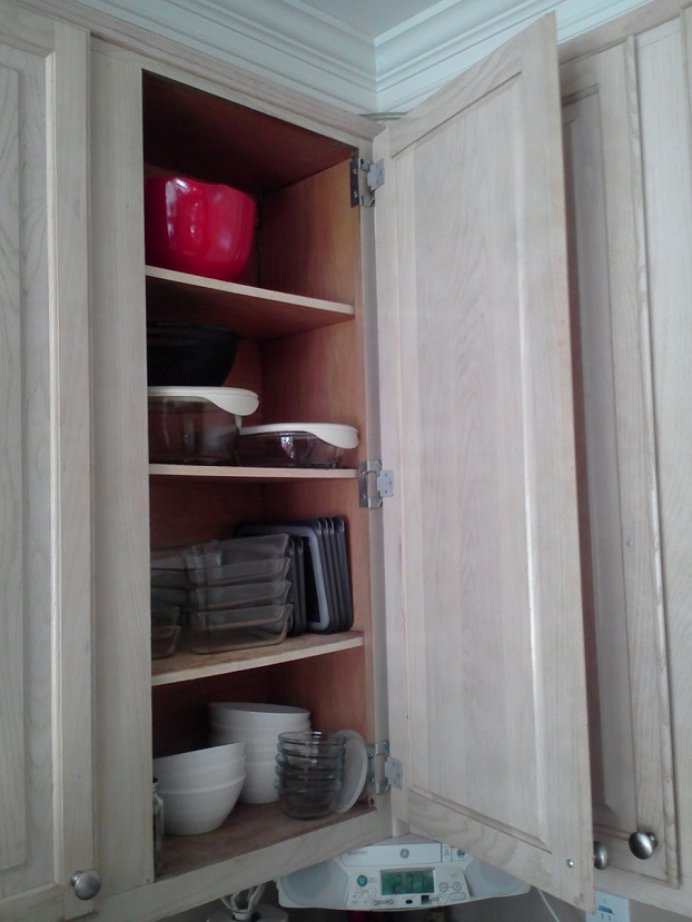 Open Cabinet Kitchen 2