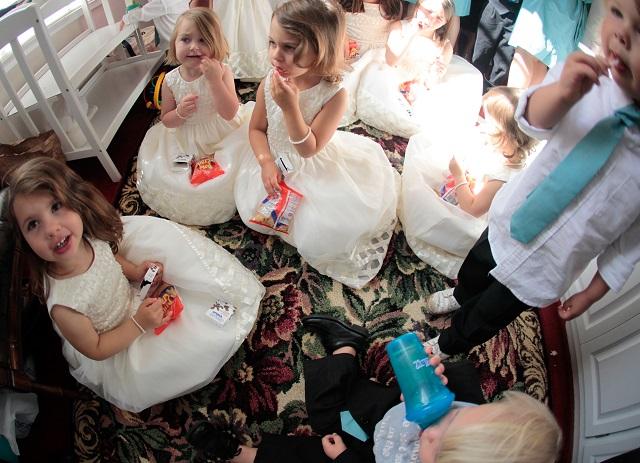 children at wedding flower girl ring bearers